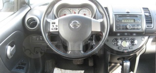 nissan_note_2006_web_4